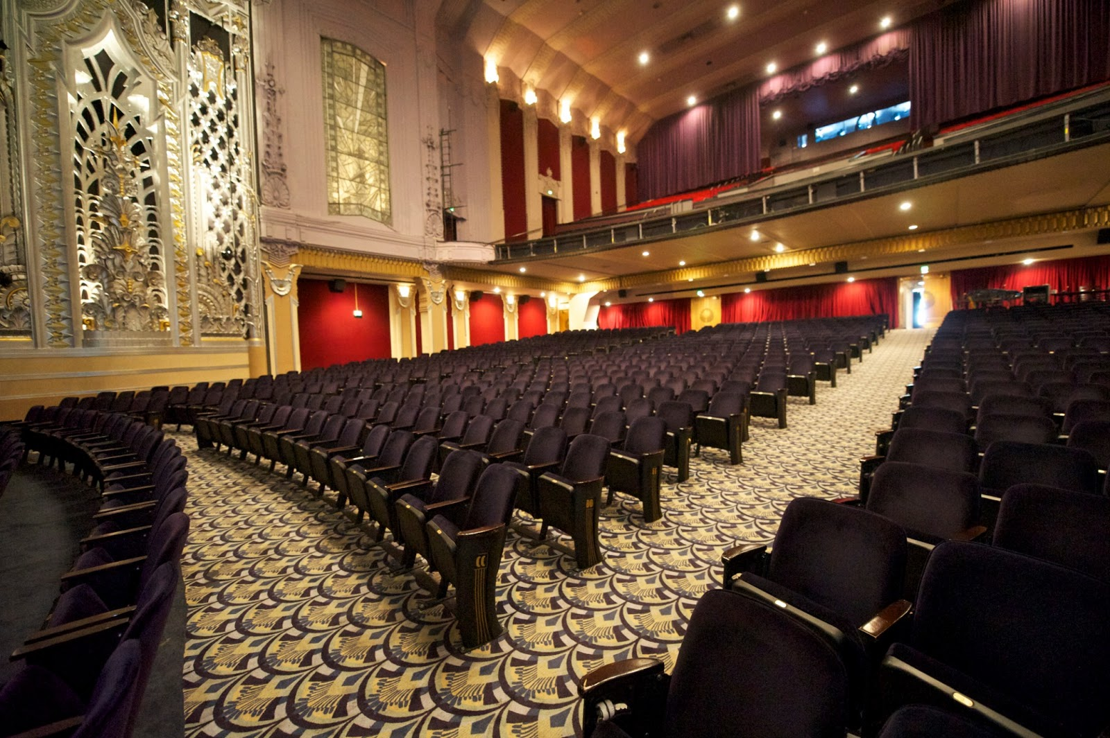 Pin seating orchestra balcony left 175 165 center 224 173 for Balcony seating
