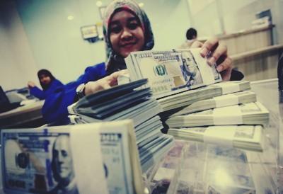 dolar rupiah hari ini