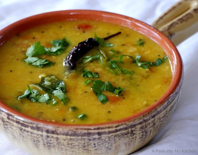 Simple Tomato Paruppu / Pappu / Dal ~ Day 9