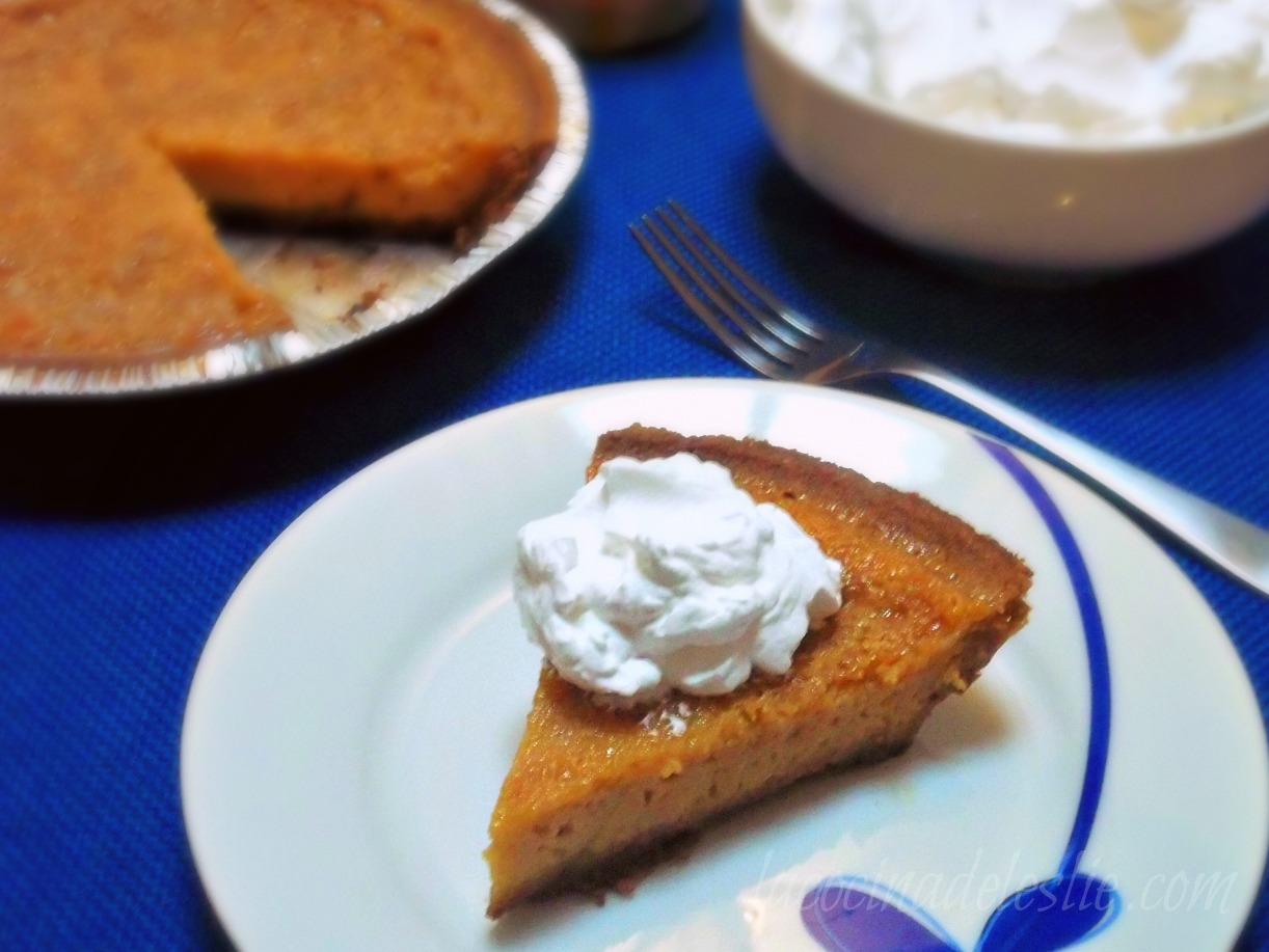 Holiday Pies: Cajeta Pecan Pie & Pay de Cajeta {She Made/Ella Hace ...