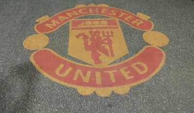 Manchester United Logo - Tunnel Old Trafford