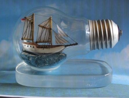 Cara memasukkan Perahu kecil dalam botol