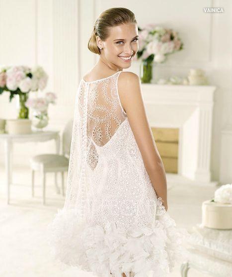 Vestidos de novia cortos pronovias