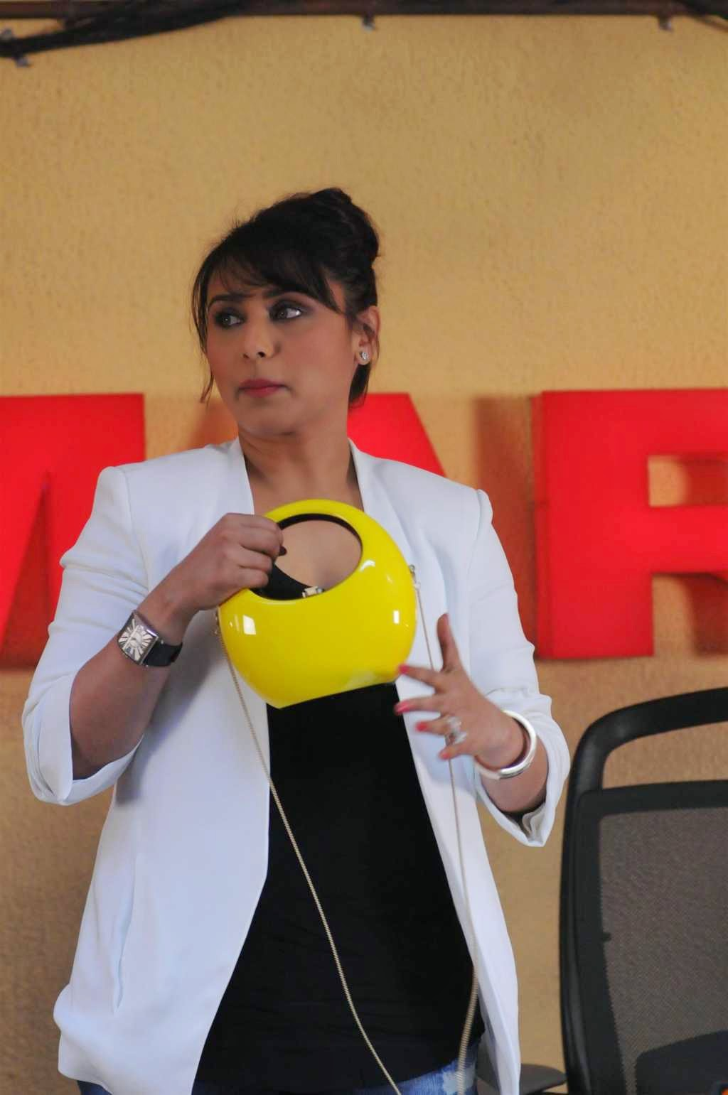 Rani Mukerji with Rocio Baby Coco Clutch