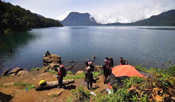 Danau Gunung Tujuh, Kerinci, Jambi (Gambar 3). ZonaAero