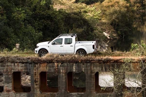 lancamento da imagem do Novo Lançamento da Nissan o Frontier 2014