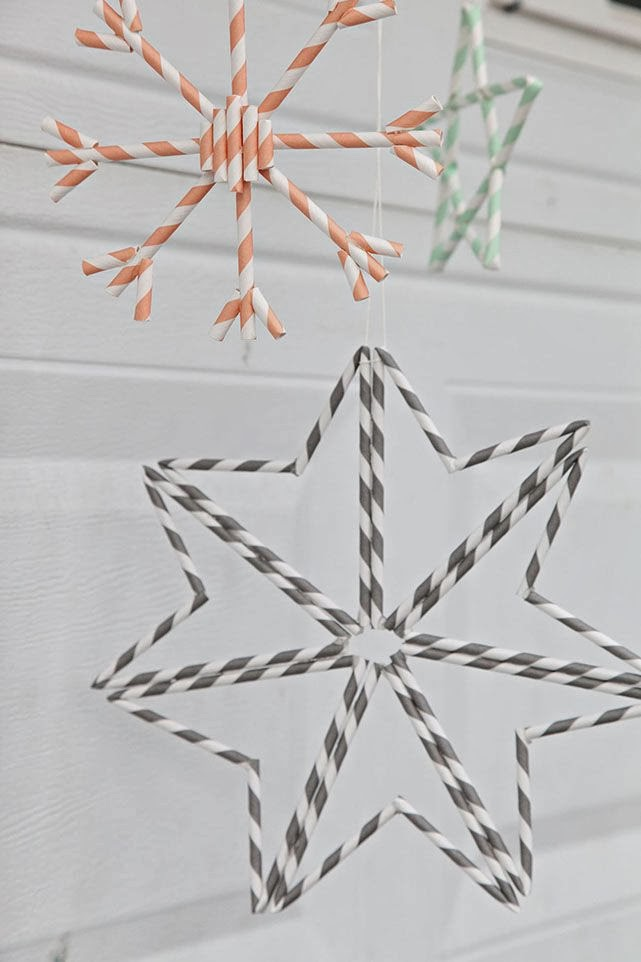 Ornamenten van papieren rietjes