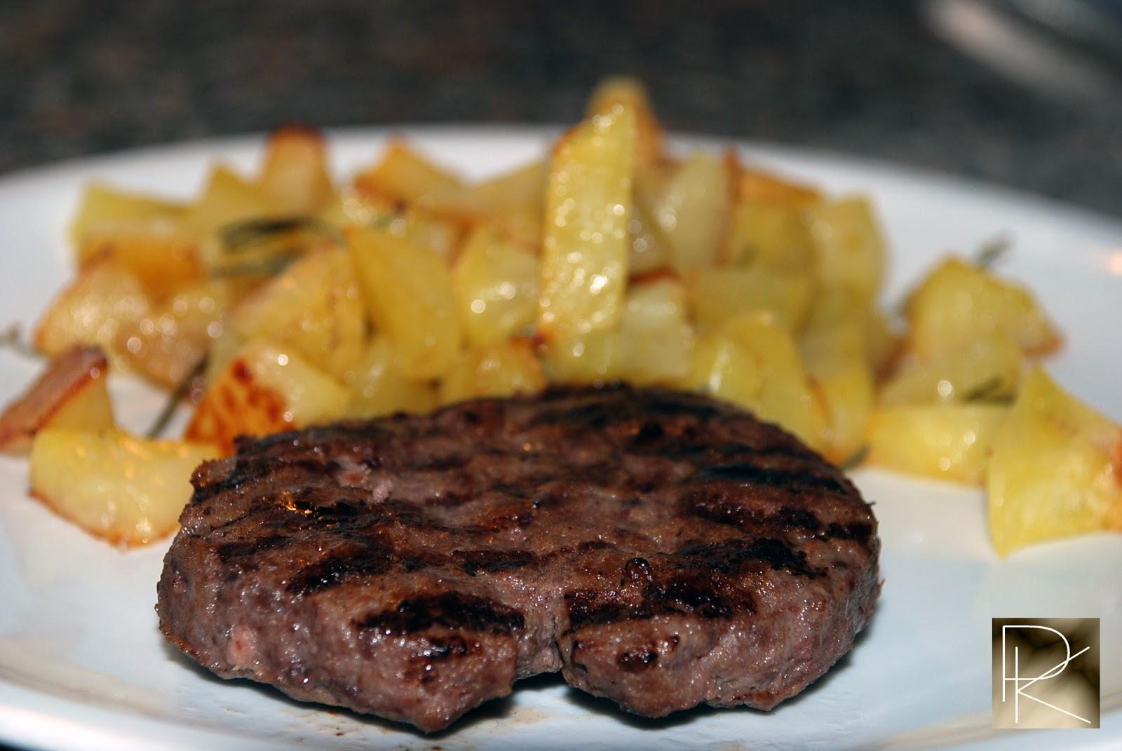 paola in the kitchen: hamburger di cavallo con patate al forno - Come Cucinare Hamburger Di Carne
