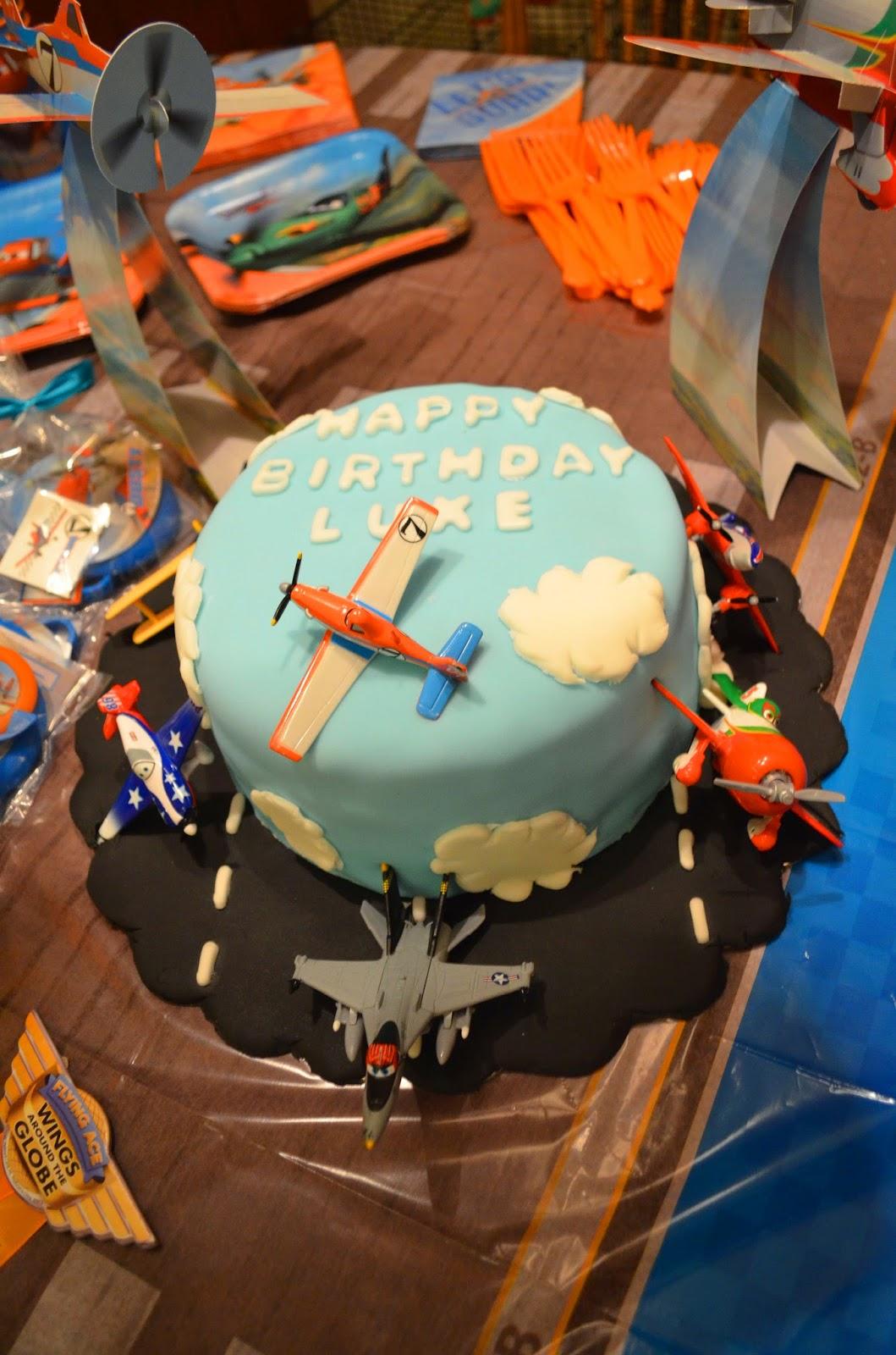 Crafty Mom Of 3 Disney Planes Cake