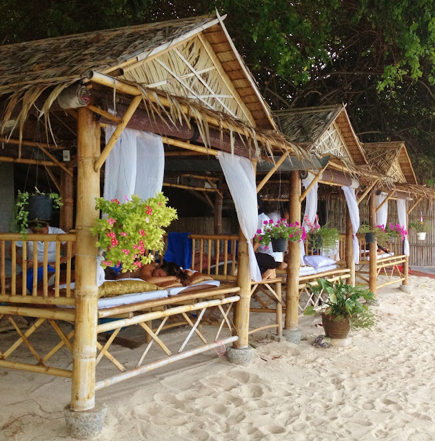 beach massage, Thailand