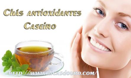 Chás antioxidantes naturais para combater o envelhecimento