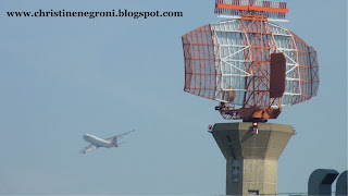 Heathrow+landing+and+radar.jpg