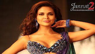 Jannat 2 Hot Esha Gupta Wallpaper