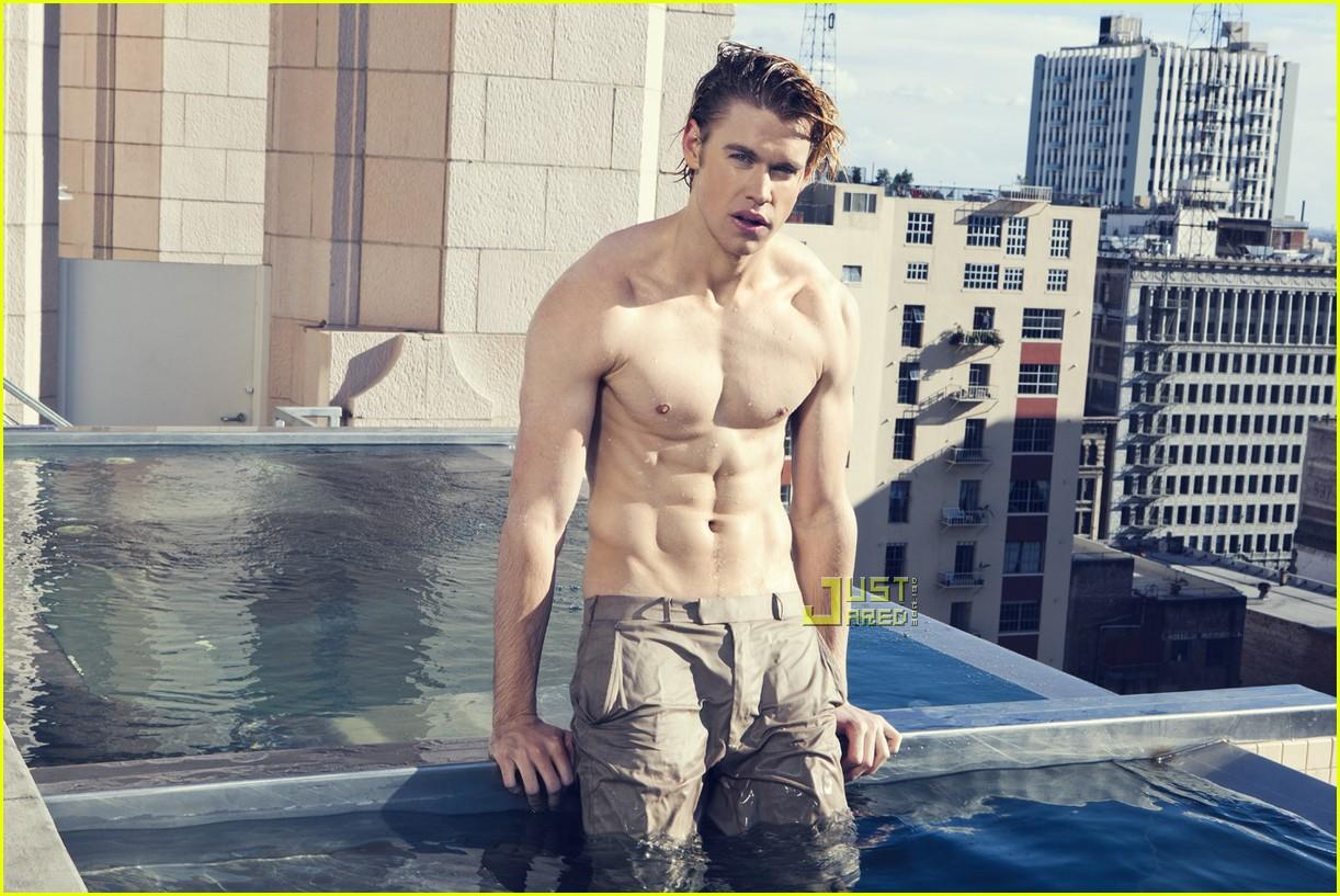 http://4.bp.blogspot.com/-WEaZ5okpoyg/UKRllzhLTyI/AAAAAAAApiI/M1Abm24iMIM/s1600/chord-overstreet-shirtless-01.jpg