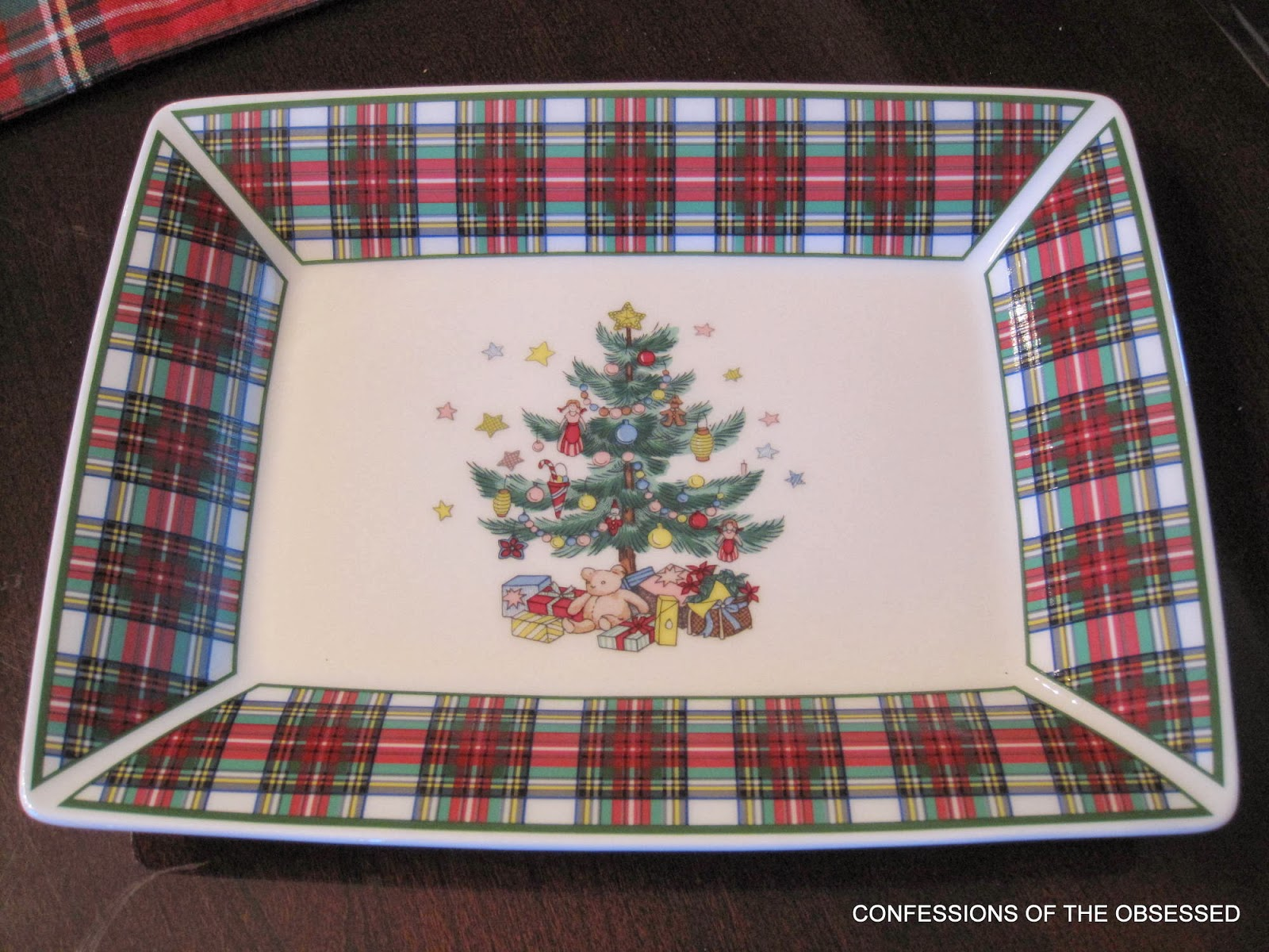 Nikko Holiday Dishes. Christmas Holiday Dishes Party Plate Round ...