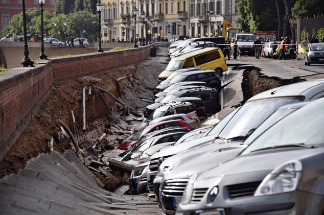 200-metre sinkhole swallows 20 cars in central Florence Italy