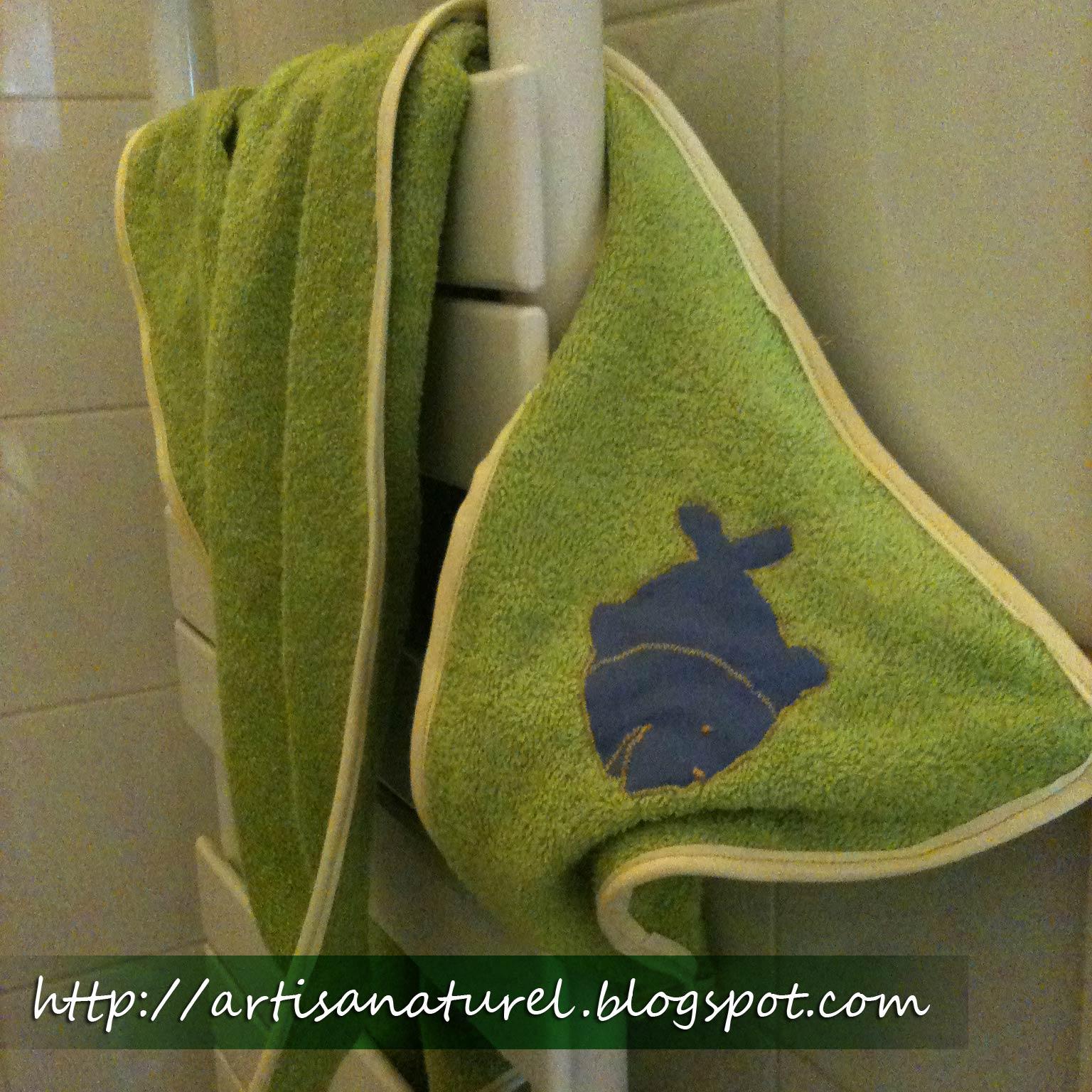 artisanaturel un drap de bain pour b b. Black Bedroom Furniture Sets. Home Design Ideas