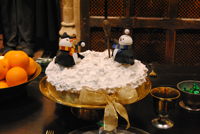 Harry Potter Hogwarts Christmas Cake | Harry Potter Studio Tour