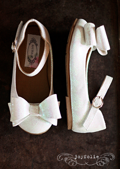 http://joyfolie.com/shoes/miriam-in-white