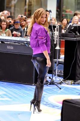 Hollywood Star Fergie Wearing Hot Liquid Leggings