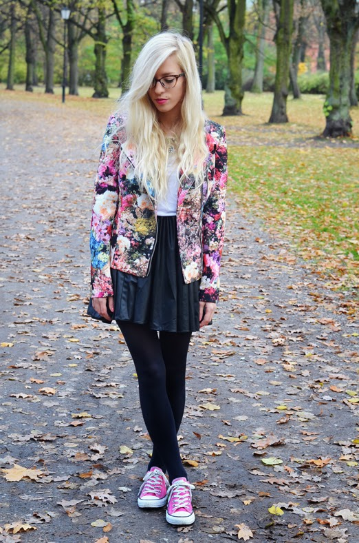 http://www.chicwish.com/blooming-floral-print-biker-jacket.html
