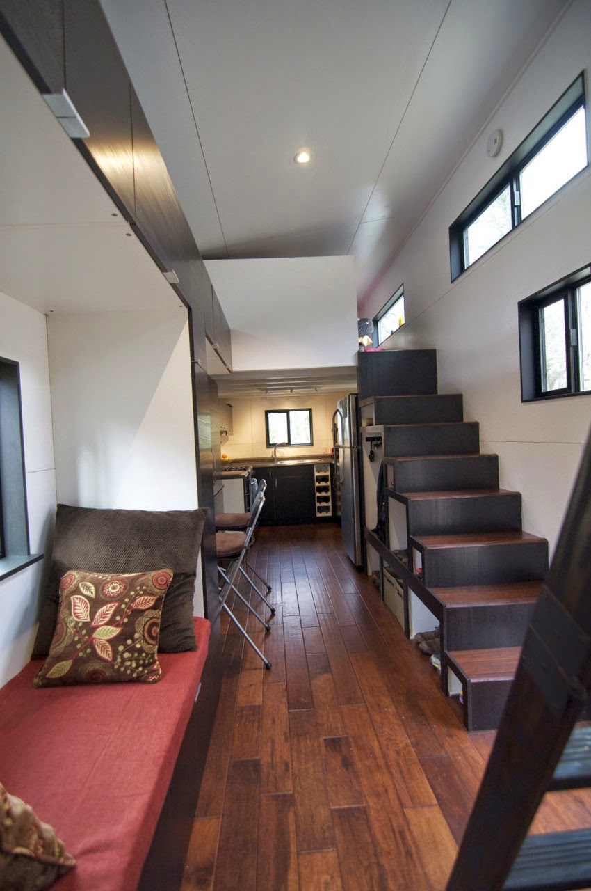 Desain Rumah Kayu Kecil Ini T&ak Mewah dengan 2 Lantai 17 ... & Desain Rumah Kayu Kecil Ini Tampak Mewah dengan 2 Lantai - Rumah Idaman
