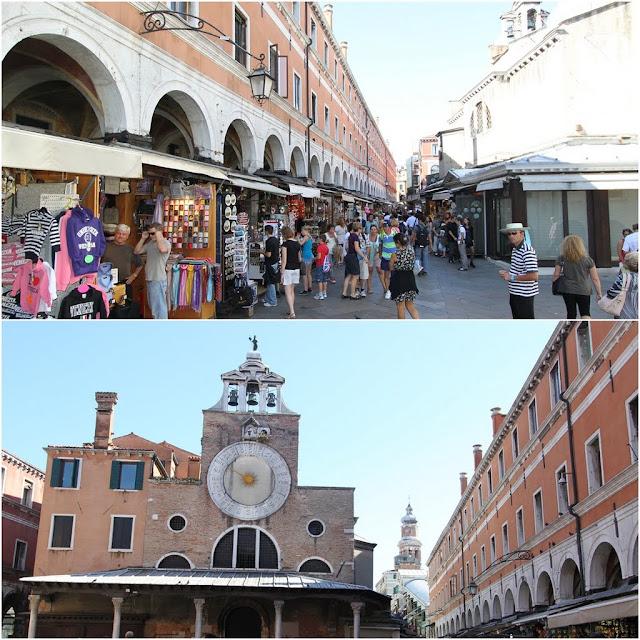 Shopping for souvenirs near Rialto Bridge in Venice, Italy