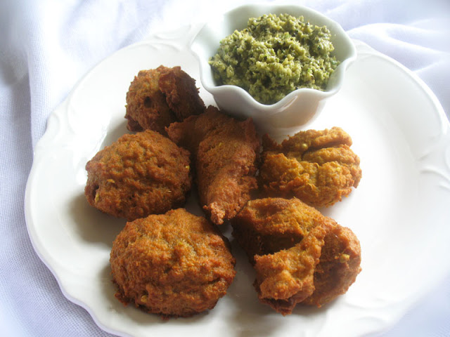 chana dal fritters with spices
