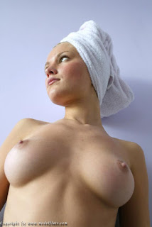 女樱桃派 - rs-2_Teen-Dasha-Pogodina-with-Plump-Pussy-2-735654.jpg