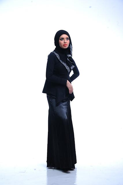 Online entrepreneur cdm Adibah Karimah photoshoot by Hafiz Atan