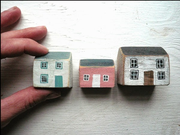 valeriane_leblond painted wooden houses