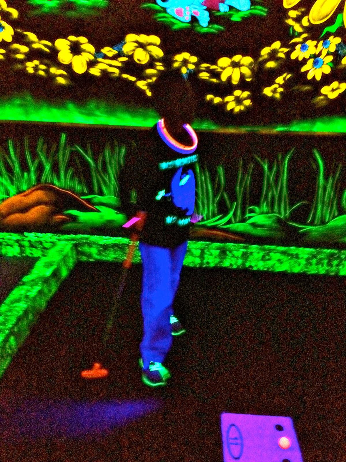 Glow In The Dark Centerpieces Monster glow in the dark partyGlow In The Dark Centerpieces