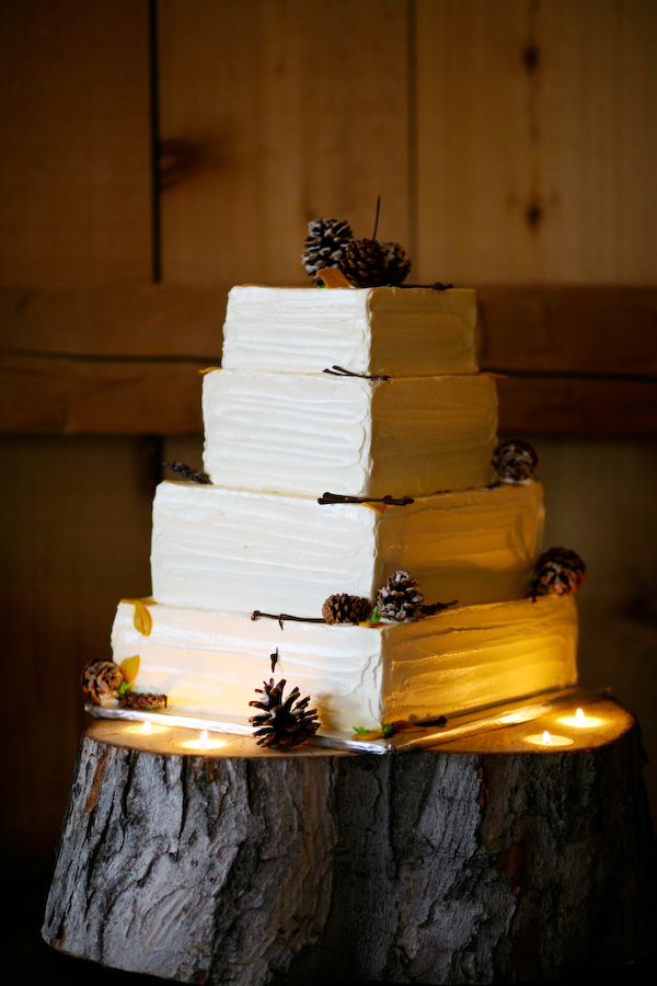 Rustic Cake Plate With Tealights
