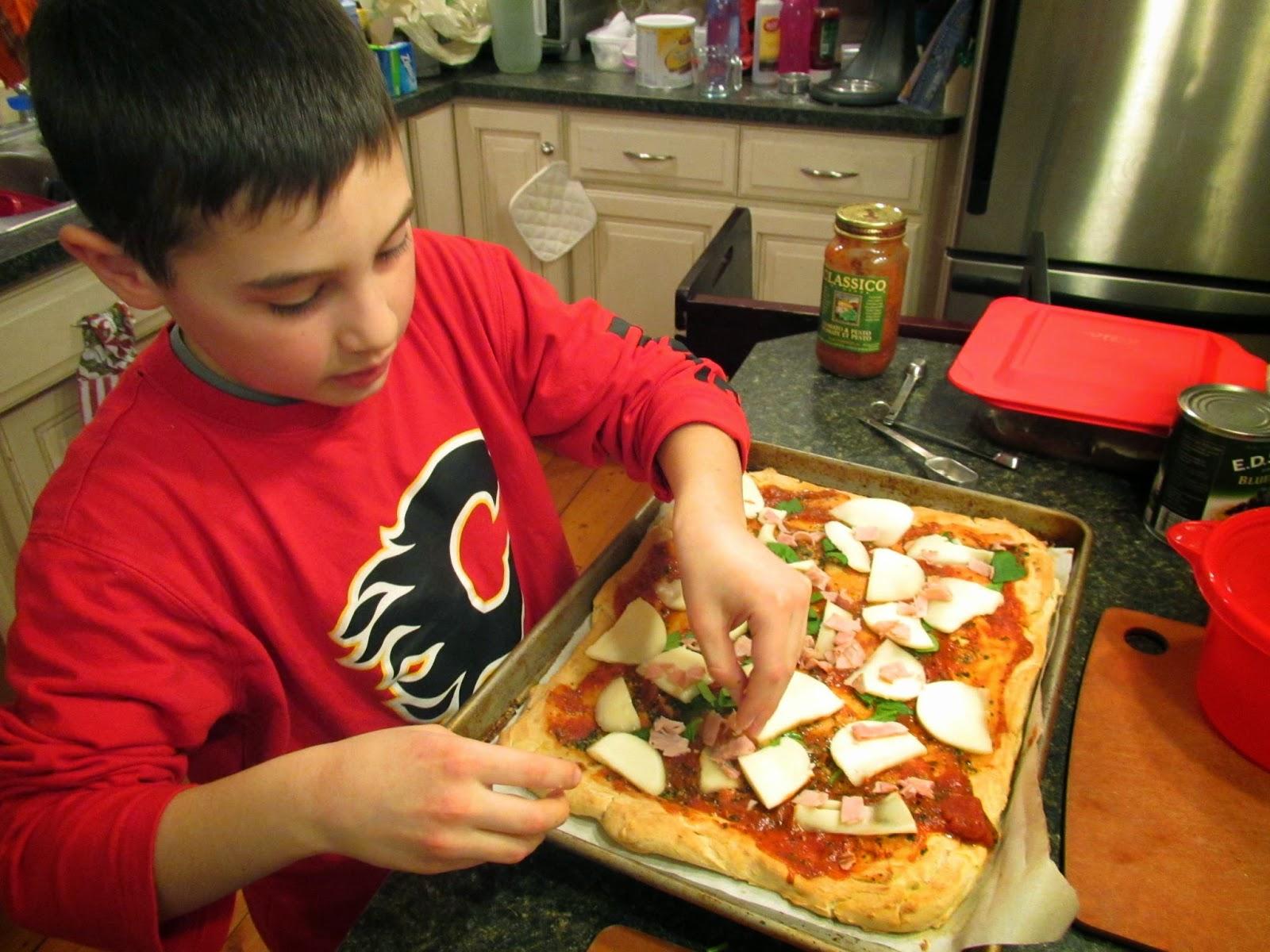 Topping GF Focaccia Pizza