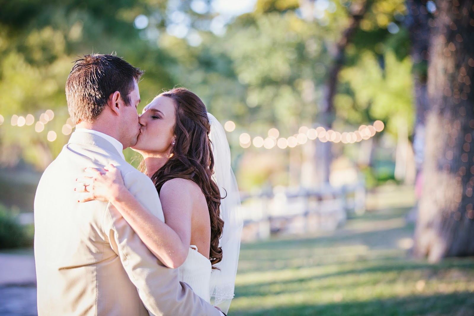 OW Ranch Wedding, Wedding Kiss