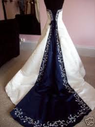 I heart wedding dress alfred angelo 1516 for Wedding dress with blue trim