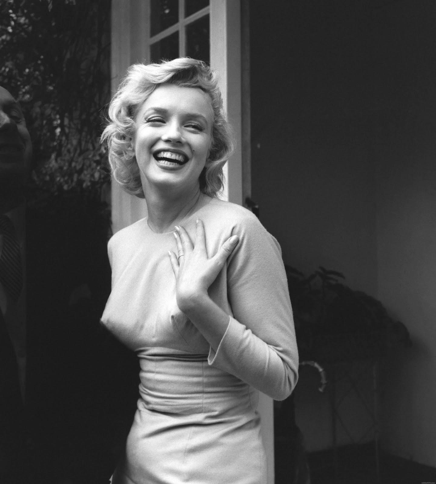 http://4.bp.blogspot.com/-WGsX74mBKr4/Tx8ITZ0w7xI/AAAAAAAACbE/BBc8rjrcD1E/s1600/Marilyn_Monroe_72.jpg