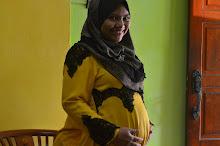 Mummy- 5 Months Preggy