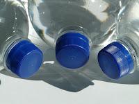 Πώς ανοίγουμε τα μπουκάλια πιο εύκολα;