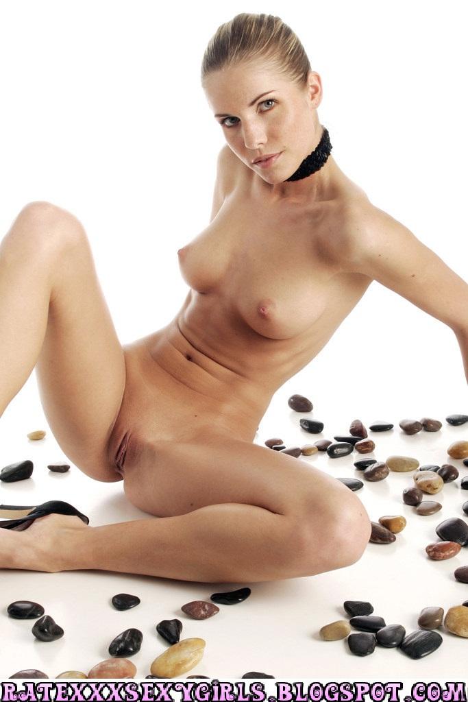 Rate sexy girl photos