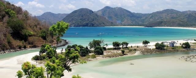 Photo Pantai Selong Belanak Lombok Tengah
