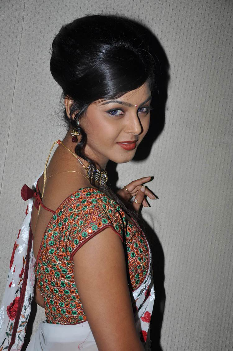 monal gajjar spicy glamour  images