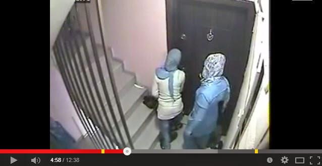أحدث طرق البنات لسرقة الشقق وفتح الأبواب بطريقة مبتكرة