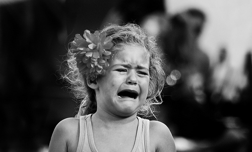 Los valientes son los que saben llorar con la cara descubierta