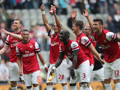 Arsenal Friendy : Vietnam vs Arsenal 2013