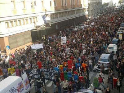 Juventud sin futuro da Madrid sul 14N - El movimiento europeo no se arresta [ITA-ESP]