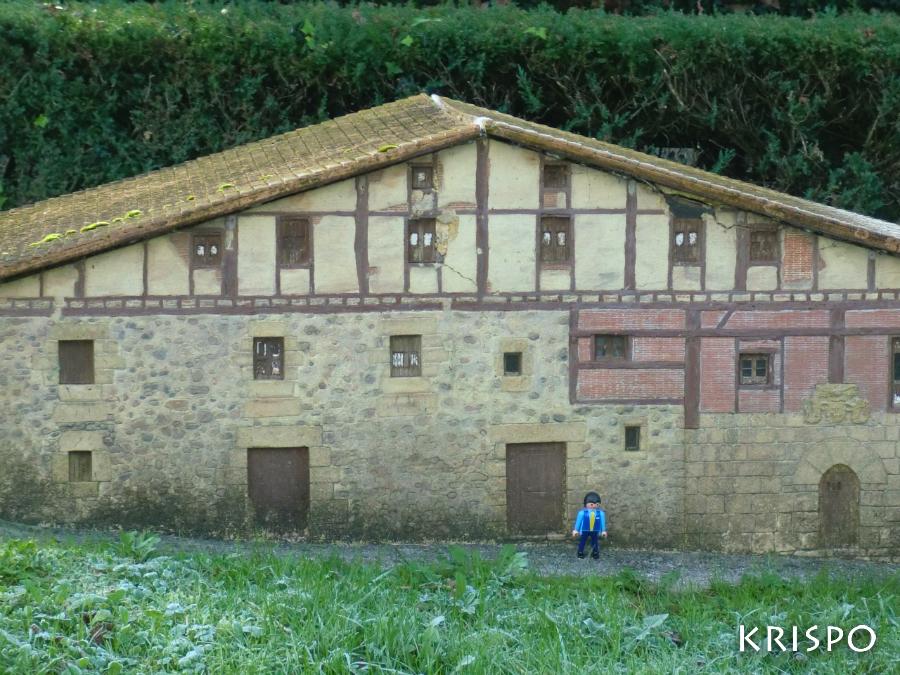 miniatura del caserio Jauregi de Zerain
