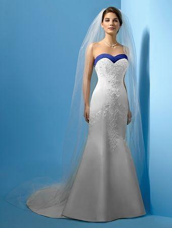 Robes de mariage robes de soir e et d coration robe de for Wedding dress with blue trim