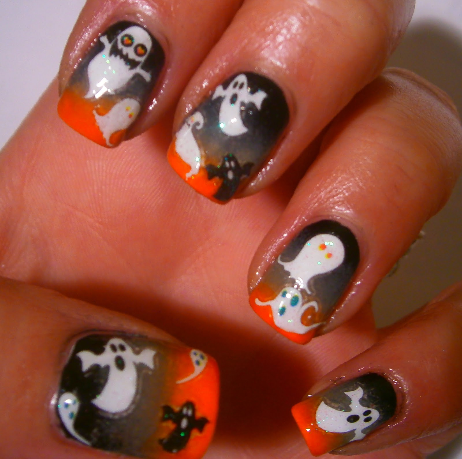 Polished Prance: Halloween Nail Art Challenge: Gradient