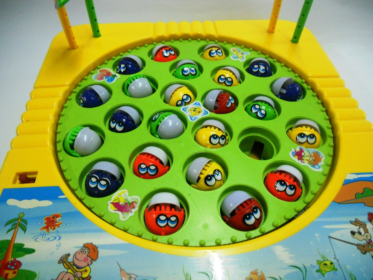 Bongbongidea fishing game toy for up to 4 players for Fishing tournament games
